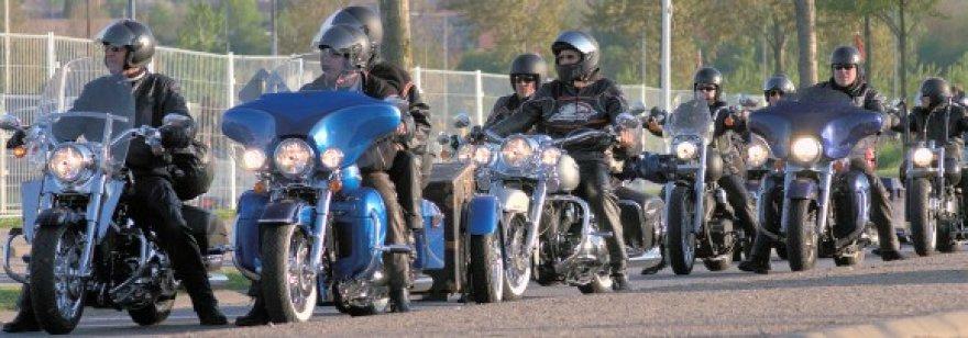 """""""Harley-Davidson"""" suvažiavimas"""