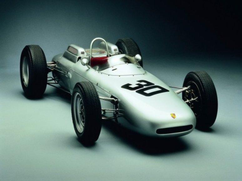 """""""Porsche"""" """"Formulės-1"""" bolidas"""