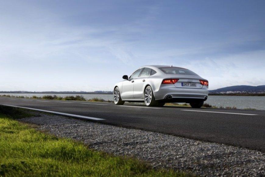 """""""Audi A7"""" su """"Godyear Eagle F1 Asymmetric"""" padangomis"""