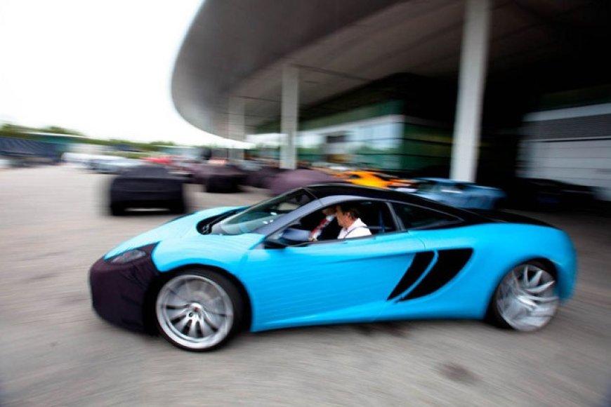 """""""McLaren MP4-12C"""" laukia atnaujinimai"""