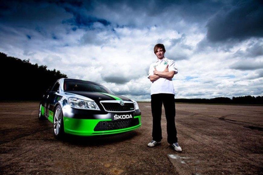 """Škoda Octavia vRS"" sieks greičio rekordo"