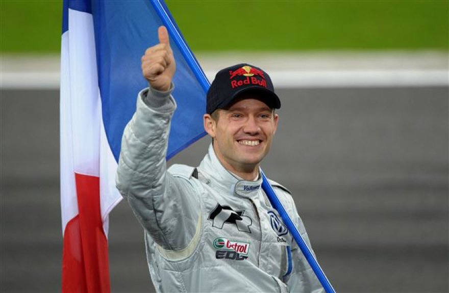 """2011-ųjų """"Race of Champoions"""" lenktynių akimirka"""