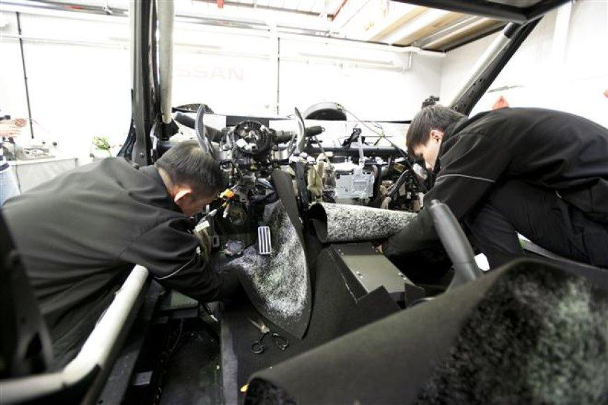 """""""Nissan Juke-R"""" istorija: paskutiniai štrichai"""