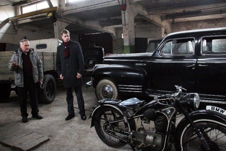 Kauno Kęstučio gatvėje esančiose patalpose slypi automobilių kolekcija