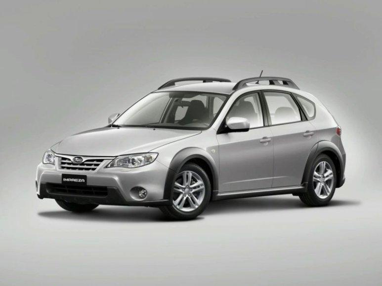 """""""Subaru Impreza XV"""" – šeimyninis ralio dalyvio giminaitis"""