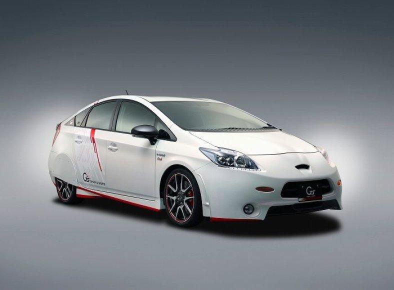 """""""Toyota Prius G Sports Concept"""" – sportiškesnis hibridas"""
