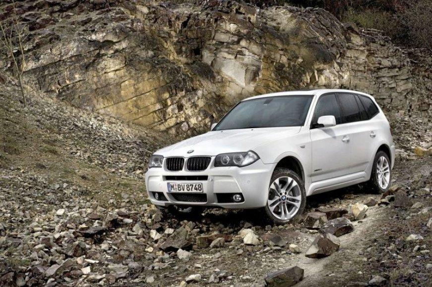 """""""BMW X3 xDrive 18d"""" bus itin ekonomiškas"""