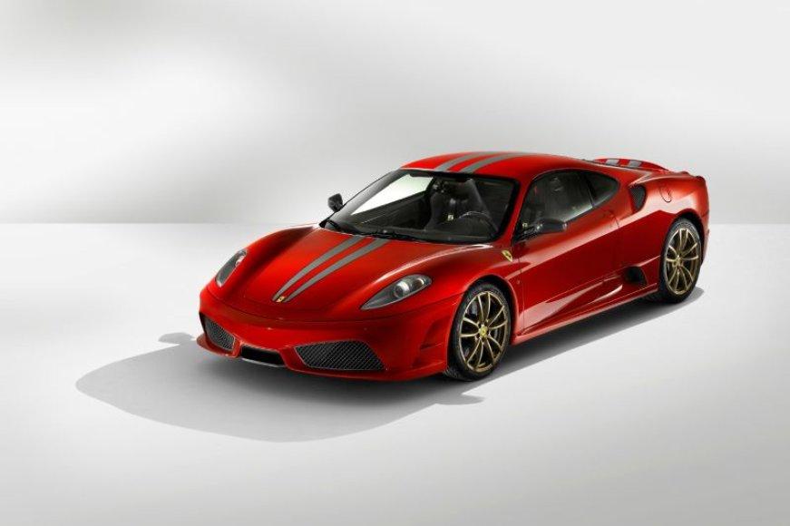 """""""Ferrari"""" hibridai – su visų ratų pavara"""