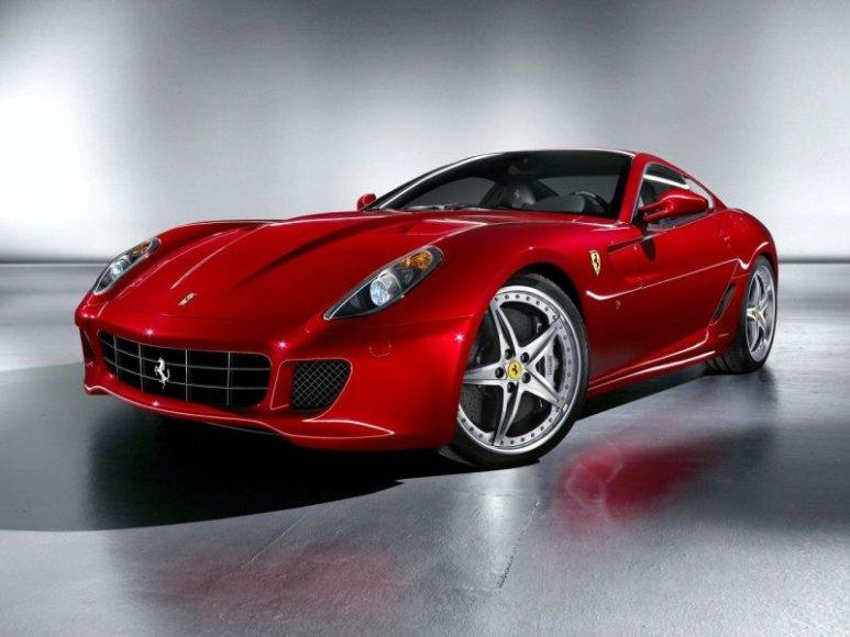 """Ženeva 2009: """"Ferrari 599 HGTE"""" – dar geriau valdomas"""
