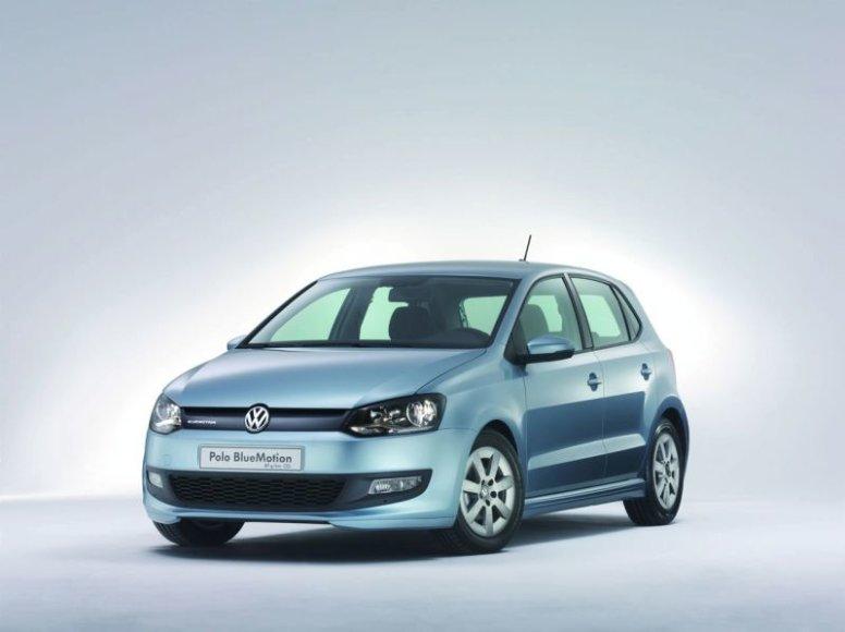 """Ženeva 2009: """"Volkswagen Polo BlueMotion"""" koncepcija tausos aplinką"""