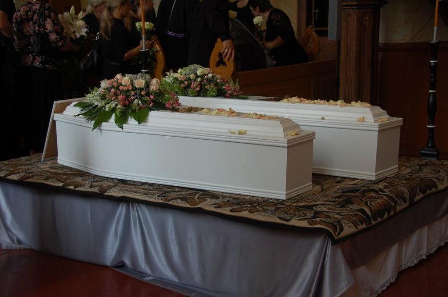 Airijoje nužudytos lietuvės Jolantos Lubienės ir jos aštuonerių metų dukros laidotuvės