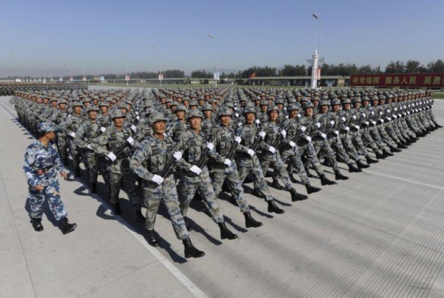 Kinijos armijos karių paradas