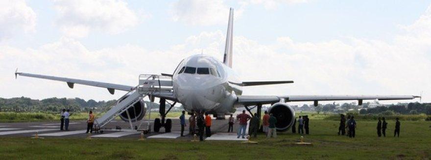 """Nuo pakilimo tako nuvažiavęs """"Airbus A320"""" lėktuvas."""