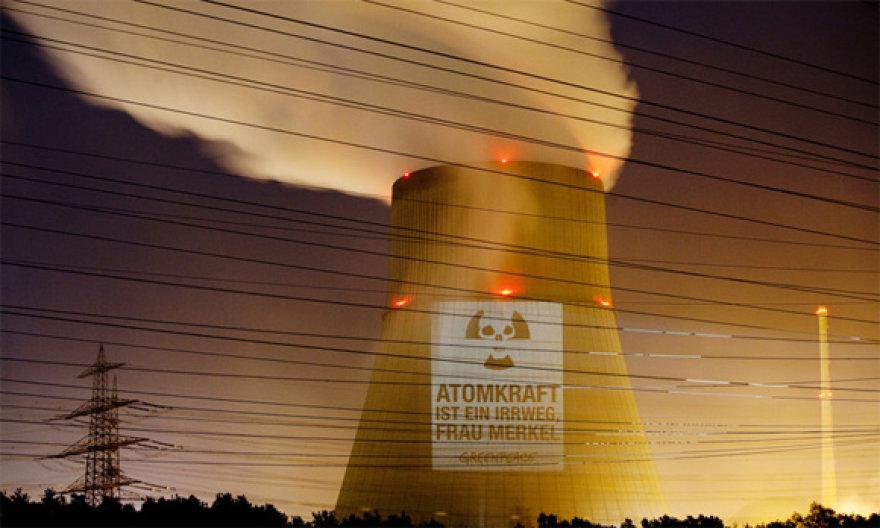 Emslando atominė elektrinė buvo pradėta statyti 1982 metais
