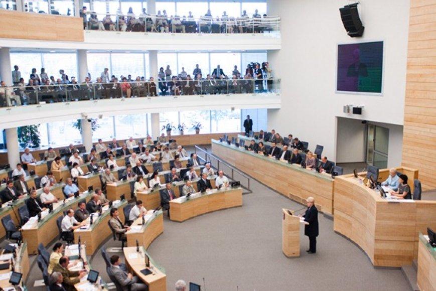 Prezidentė Dalia Grybauskaitė Seime skaitė metinį pranešimą
