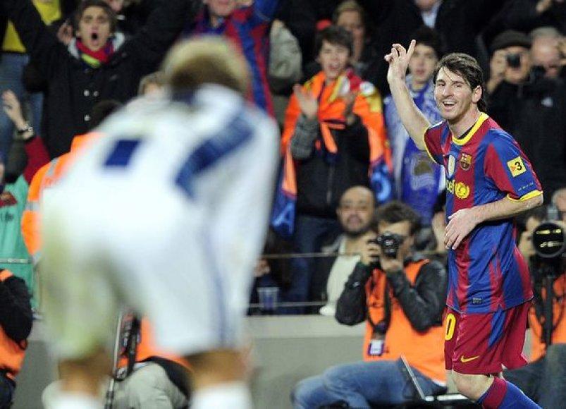 Barselonos futbolininkai savaitgalį šventė lengvą pergalę
