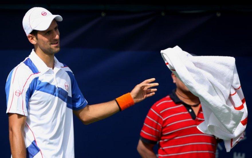 Novakas Djokovičius pateko į finalą