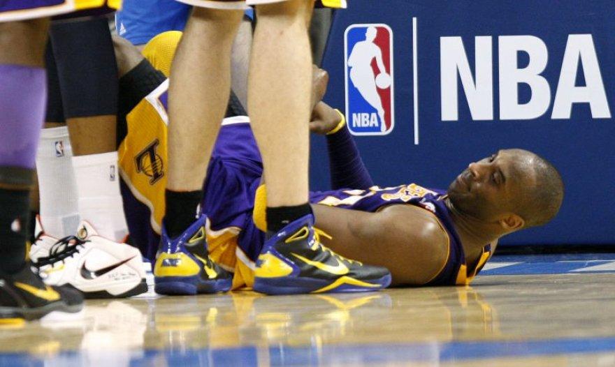 Kobe Bryantas pelnė 17 taškų.