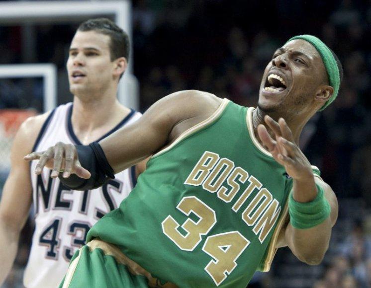 Bostono krepšininkai suklupo išvykoje.