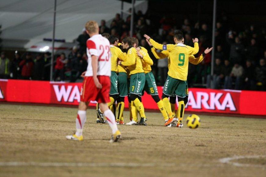 Lietuvos rinktinė pirmoji įsiveržia į priekį