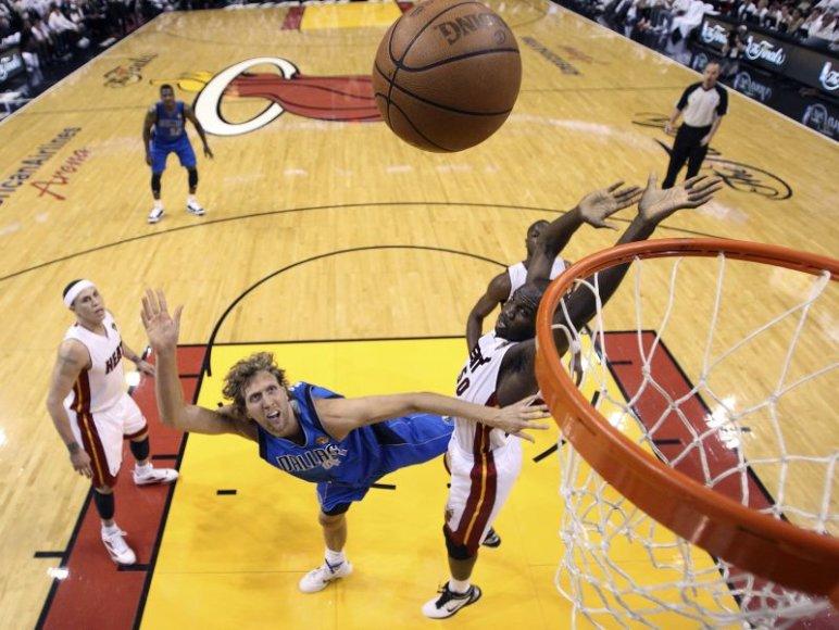NBA finale namų pranašumą turi Majamio krepšininkai