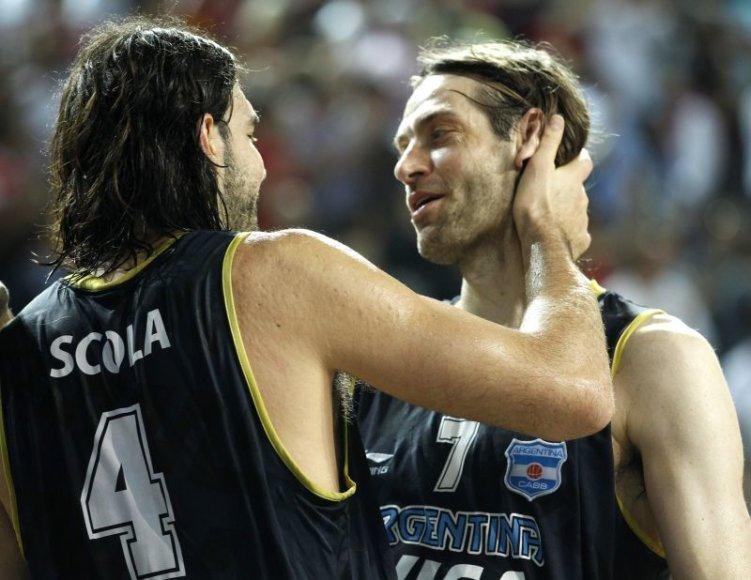 Fabricio Oberto (dešinėje) sugrįžta į profesionalų krepšinį, kad padėtų Argentinos vyrų krepšinio rinktinei