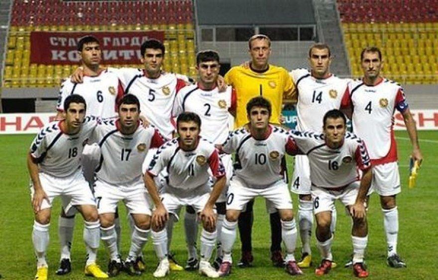 Armėnijos futbolo rinktinė