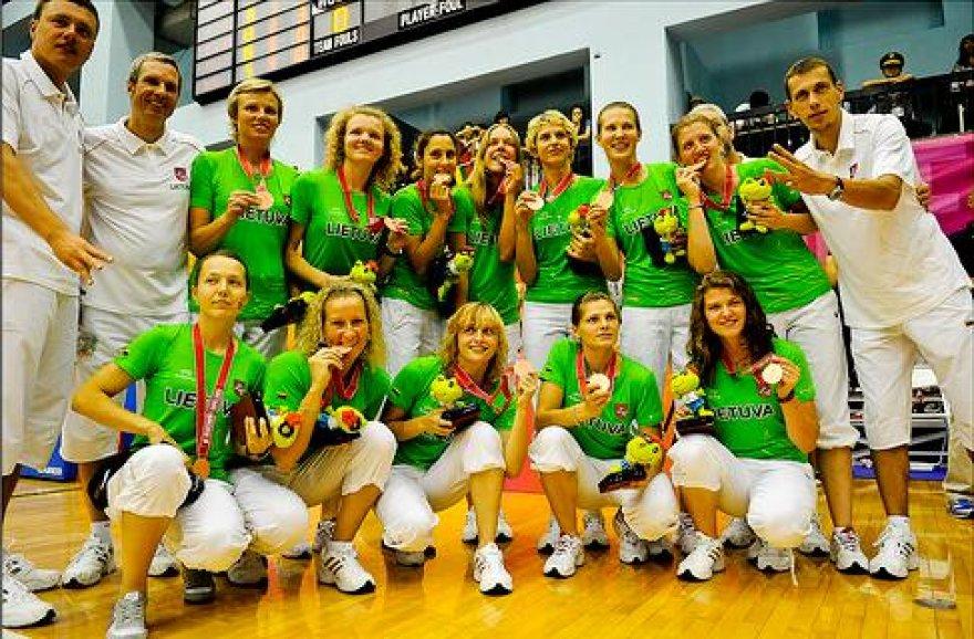 Lietuvos moterų krepšinio rinktinė iškovojo sidabro medalius
