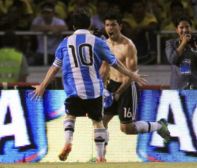 Sergio Aguero ir Leonelis Messi