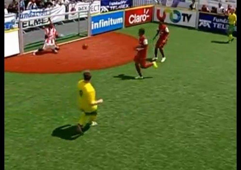 Lietuvos futbolo rinktinė nusileido Indonezijai