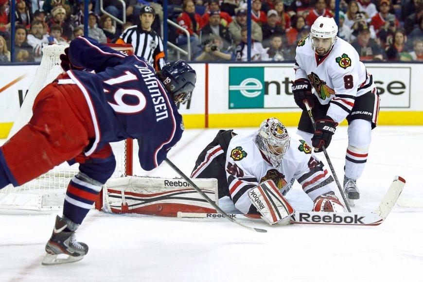 NHL rungtynėse Čikagos ekipa patyrė pirmąjį pralaimėjimą
