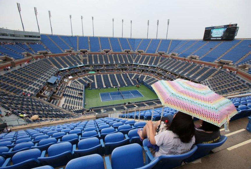 """""""US Open"""" turnyre trečiadienį lijo lietus"""