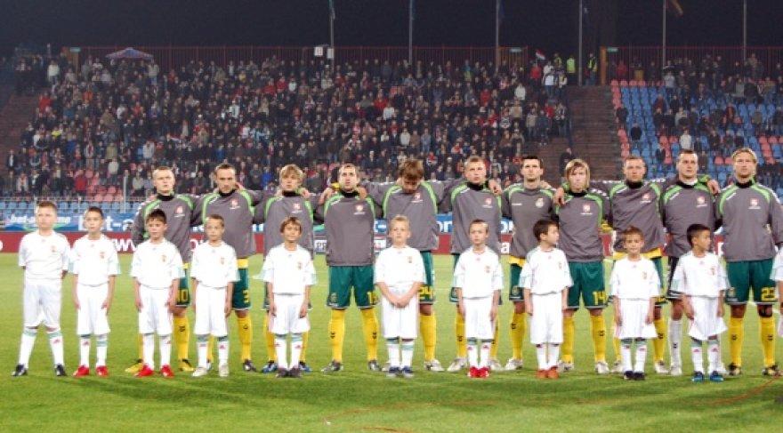 Lietuvos futbolo rinktinė prieš dvikovą su vengrais