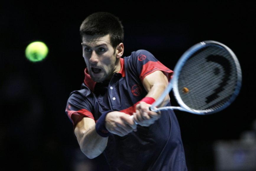 Novakas Djokovičius irgi žais turnyro pusfinalyje