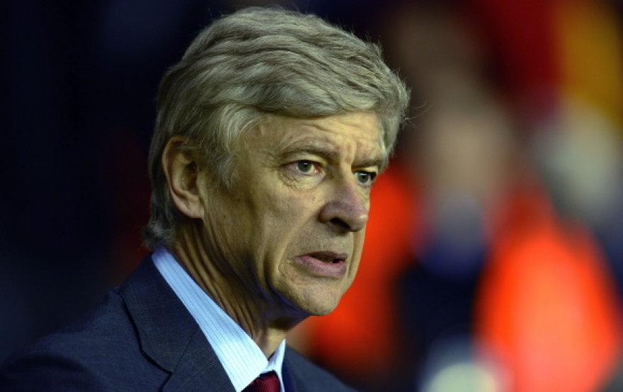 Treneris Arsene'as Wengeras teigia, kad dabar klubų savininkai nebevertina trenerių darbo.