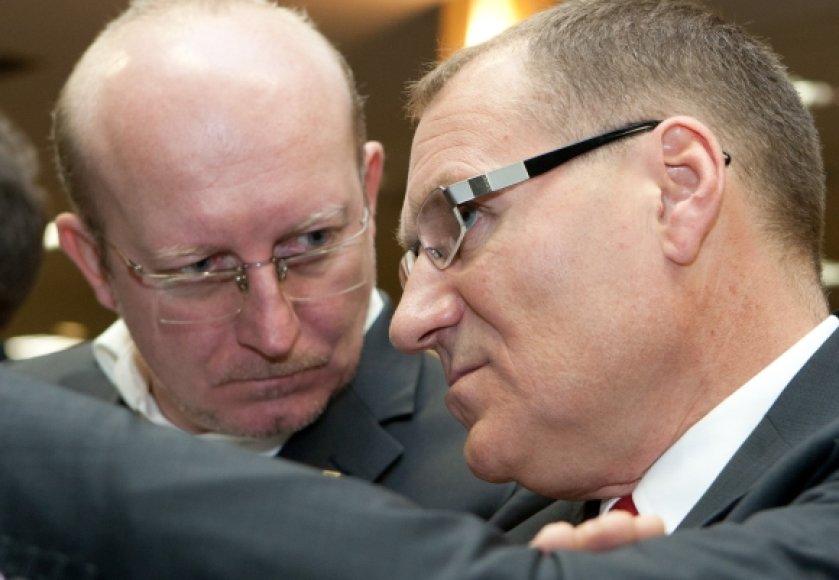 Į vieną partiją susiėję A.Valinskas (kairėje) ir A.Čaplikas iki šiol konservatoriams pralaimėjo visus mūšius.