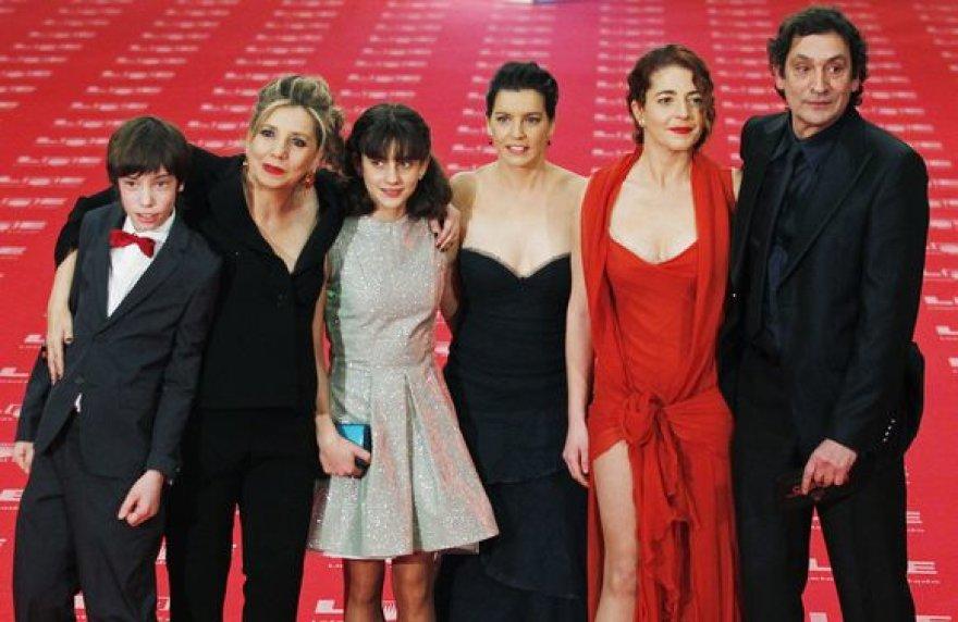 """Ispanijos """"Oskarus"""" - devynis """"Goya"""" apdovanojimus Madride pelnė drama """"Juoda duona"""""""