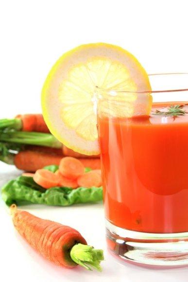 Jei grynos kurios nors daržovės sultys jums neskanios, išbandykite daržovių sulčių mišinius, kuriuos galima pagardinti prieskoniais.