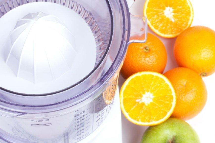 Kuo ilgiau laikysite šviežiai išspaustas sultis, tuo daugiau naudingųjų medžiagų jos praras.