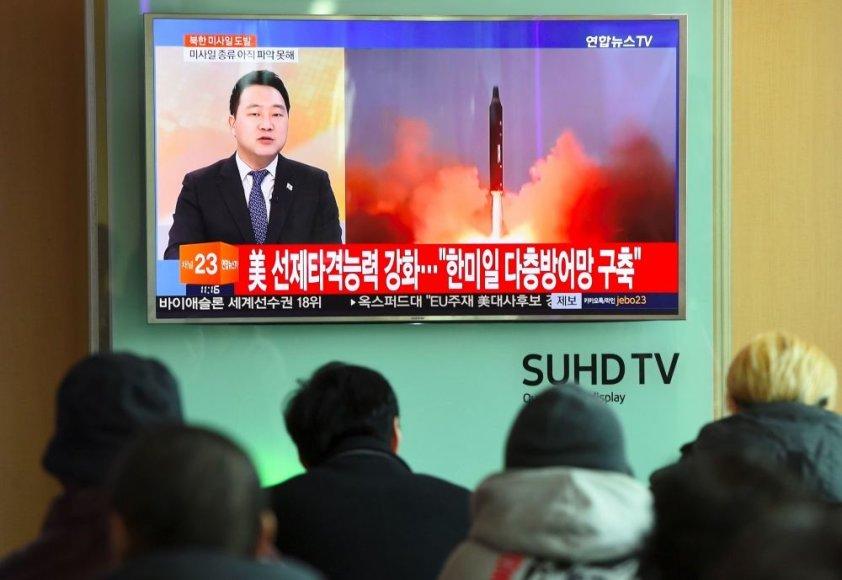 """AFP/""""Scanpix"""" nuotr./Šiaurės Korėjo vėl kelia įtampą regione"""