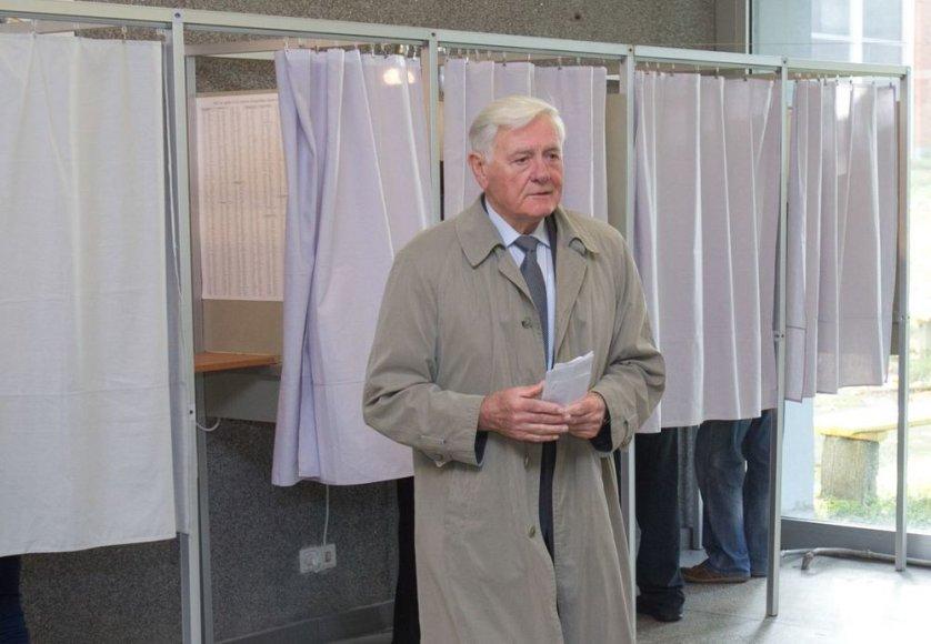 V.Adamkus teigė, kad balsavo už permainas