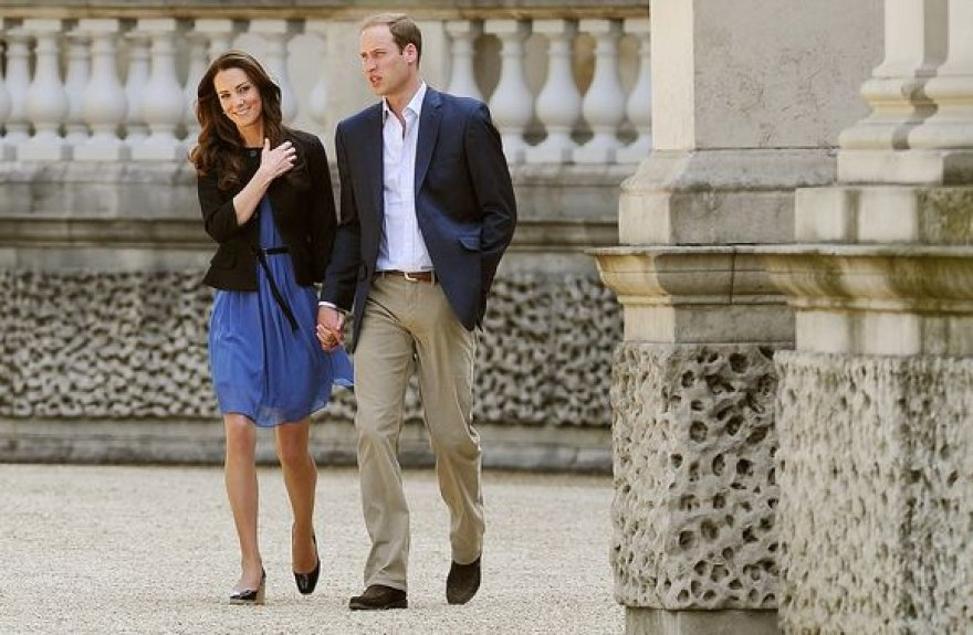 Karališkoji pora prieš išskrendant iš Bakingamo rūmų