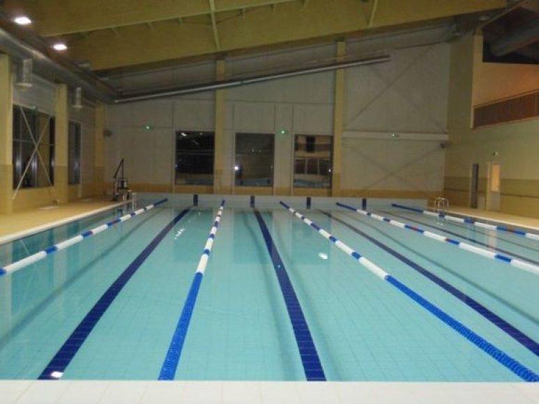 Šakių plaukimo baseinas