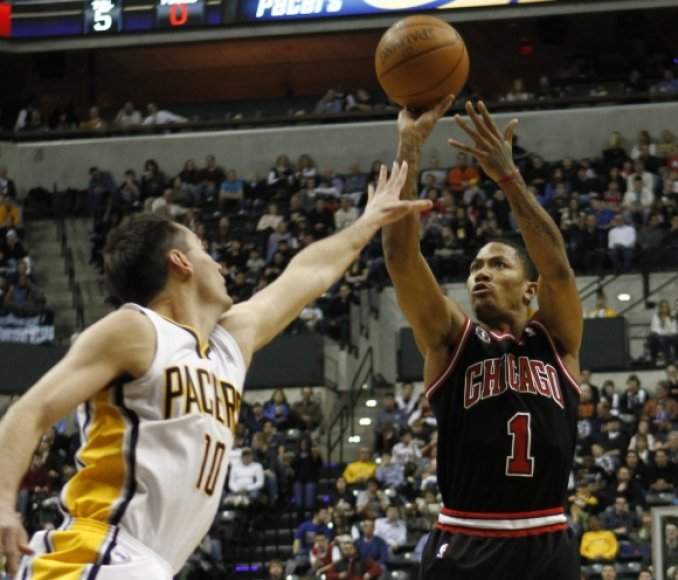"""Bulls"" lyderis Derrickas Rose'as"