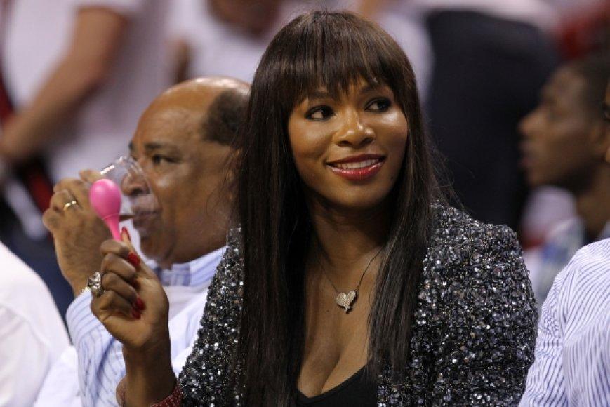 Serena Williams stebi NBA finalo rungtynes Majamyje
