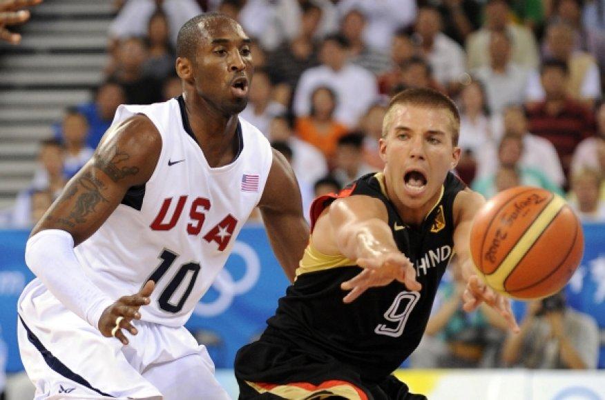 Kobe Bryantas ir vokietis Steffenas Hamannas
