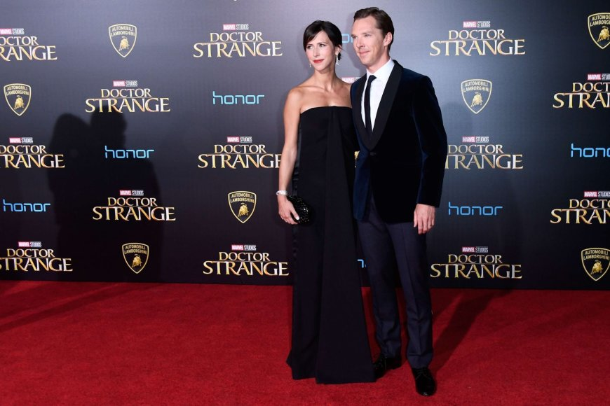 "AFP/""Scanpix"" nuotr./Benedictas Cumberbatchas su žmona Sophie Hunter"
