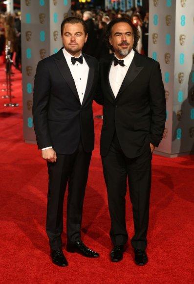 "AFP/""Scanpix"" nuotr./Leonardo DiCaprio ir Alejandro Gonzalezas Inarritu"