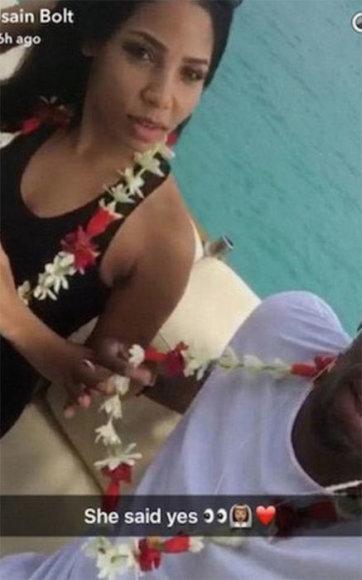 """""""Snapchat"""" nuotr./Usainas Boltas ir Kasi Bennett Bora Bora saloje"""