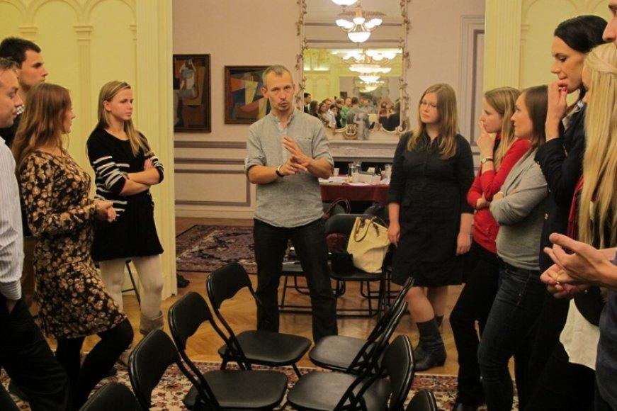 Ambasadoje Paryžiuje – užsienio lietuvių jaunimo sąskrydis